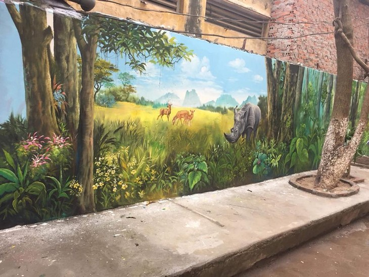 Murals change life in Hanoi's residential areas - ảnh 3