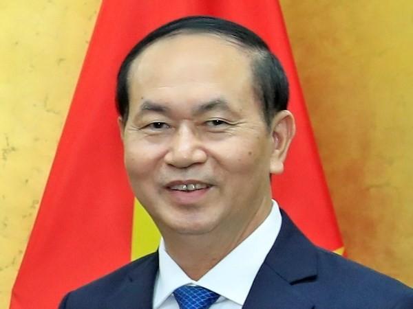 Presiden Vietnam, Tran Dai Quang dan Istri meninggalkan Kota Hanoi melakukan kunjungan kenegaraan di Republik India - ảnh 1