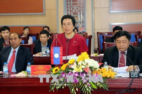 Delegasi Komisi Urusan Etnis Parlemen Laos melakukan kunjungan kerja di Provinsi Nghe An - ảnh 1