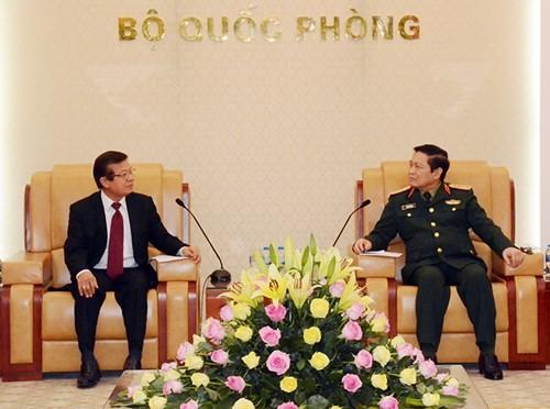 Jenderal Ngo Xuan Lich menerima Sekretaris Negara, Kementerian Dalam Negeri Kamboja - ảnh 1