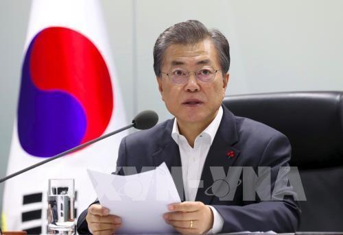 Koran Republik Korea: Presiden Moon Jae – in tertekad memperkuat hubungan dengan Vietnam - ảnh 1