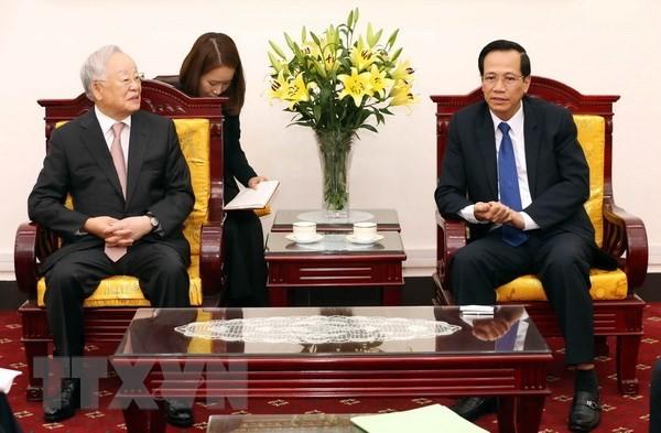 Menciptakan syarat yang kondusif kepada badan – badan usaha Republik Korea untuk melakukan investasi dan bisnis di Vietnam - ảnh 1