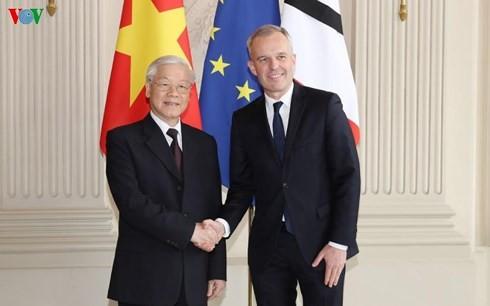 Sekjen Nguyen Phu Trong bertemu dengan Ketua Parlemen Perancis, Francois De Rugy - ảnh 1