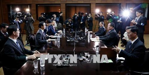 Dialog tingkat tinggi antar – Korea untuk menyiapkan Konferensi Tingkat Tinggi bilateral - ảnh 1