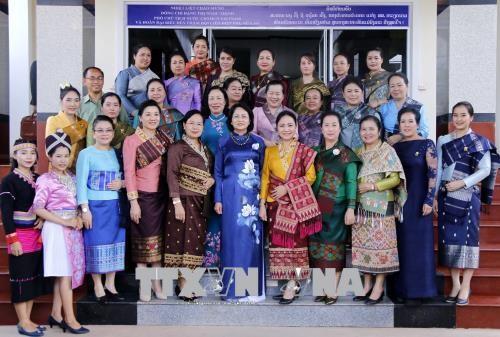 Wakil Presiden Vietnam, Dang Thi Ngoc Thinh menerima  Ketua Pengurus Besar Asosiasi Persahabatan Vietnam-Laos - ảnh 1