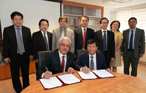 Vietnam – Turki bekerjasama di bidang ilmu pengetahuan - ảnh 1