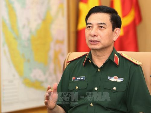 Kepala Staf Umum Tentara Rakyat Vietnam menerima Panglima Angkatan Laut Malaysia - ảnh 1
