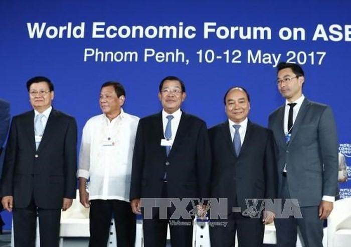 Vietnam akan menyambut baik angka rekor para kepala negara yang menghadiri Forum Ekonomi Dunia tentang ASEAN - ảnh 1