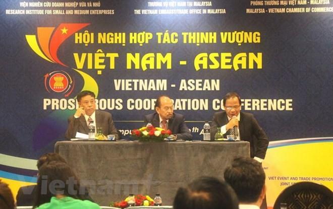 Mengkonektivitaskan badan usaha antara Vietnam dan Malaysia secara substantif dan efektif - ảnh 1