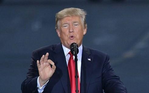 Presiden Donald Trump mendukung penghentian latihan-latihan perang gabungan AS-Republik Korea - ảnh 1