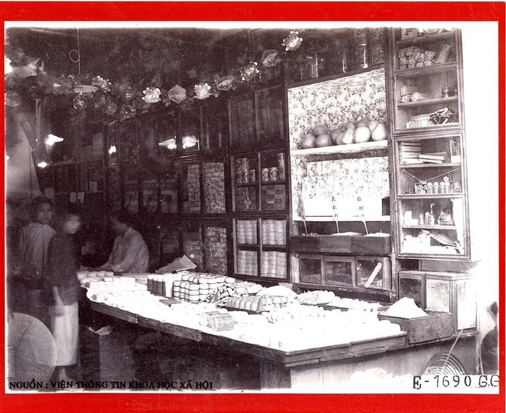 """Triển lãm tài liệu lưu trữ quốc gia """"Hoài niệm Hà Nội phố"""" - ảnh 3"""