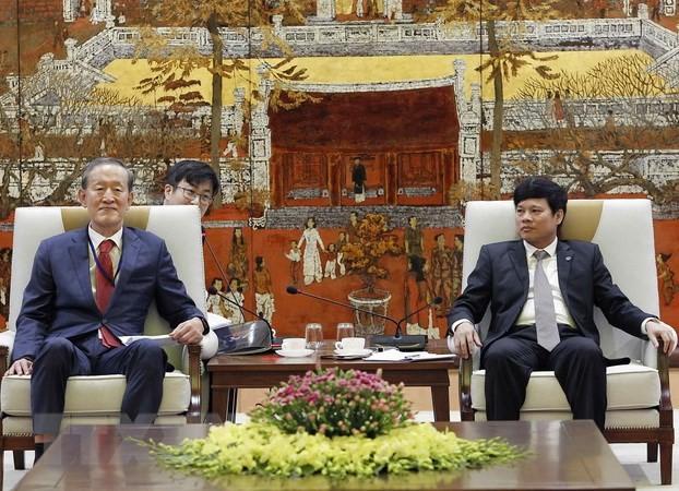 Badan-badan usaha Republik Korea memperkuat investasi di Kota Hanoi - ảnh 1