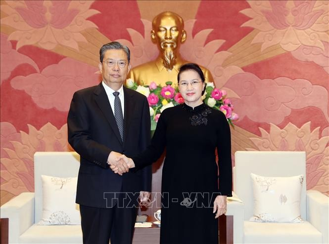 Ketua MN Vietnam, Nguyen Thi Kim Ngan menerima Sekretaris Komite Pemeriksaan Disiplin  Komite Sentral Partai Komunis Tiongkok, Zhao Leji - ảnh 1