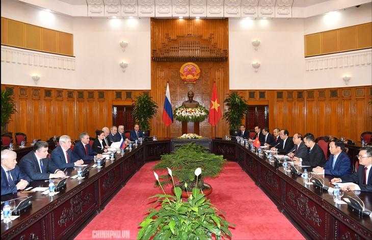 Pembicaraan tingkat tinggi Vietnam dan Federasi Rusia - ảnh 1