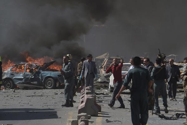Lebih dari 10 orang terbunuh dalam serangan udara yang dilakukan oleh pasukan internasional di Afghanistan - ảnh 1