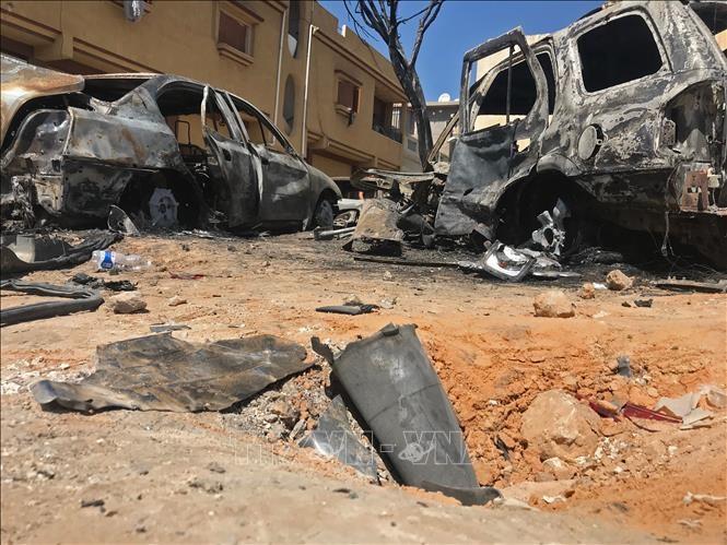 PBB mengutuk serangan terhadap kawasan yang berpenduduk di Libia sebagai kejahatan perang  - ảnh 1