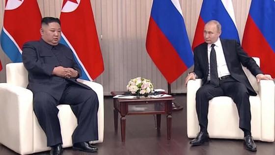 Pertemuan Puncak Rusia-RDRK: Dua pemimpin menilai tinggi hasil perbahasan - ảnh 1