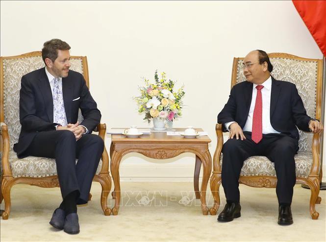 PM Vietnam, Nguyen Xuan Phuc menerima Ketua Kamar Ekonomi Austria - ảnh 1