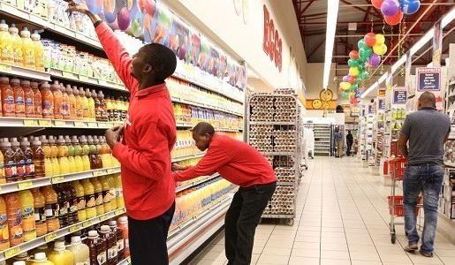 Kementerian Industri dan Perdagangan Vietnam mendorong barang-barang Vietnam ke super market Afrika Selatan - ảnh 1