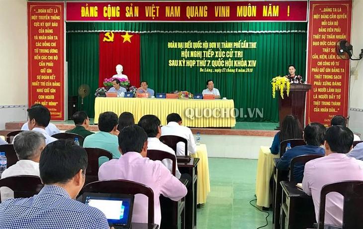 Ketua MN Vietnam, Nguyen Thi Kim Ngan melakukan kontak dengan para pemilih di Kabupaten Phong Dien, Kota Can Tho - ảnh 1