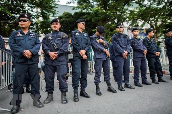 Hampir 10.000 polisi Thailand menjamin keamanan KTT ASEAN - ảnh 1