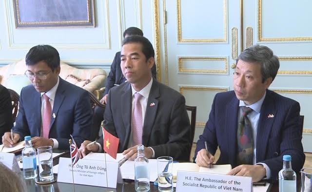 Dialog strategis Vietnam – Inggris  - ảnh 1