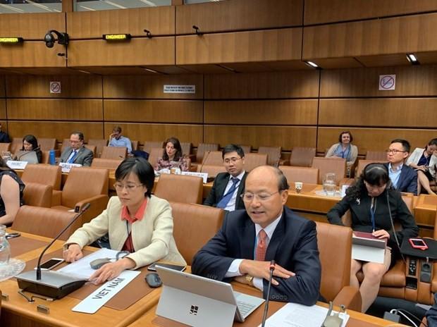 Vietnam aktif ikut serta pada proses menyusun ketentuan-ketentuan menyesuaikan aktivitas dagang internasional - ảnh 1