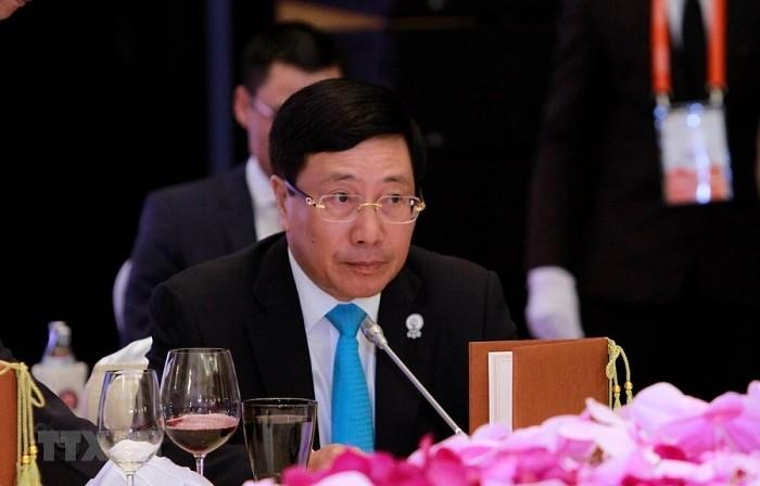 Deputi PM, Menlu Pham Binh Minh telah memimpin bersama Konferensi Menlu Kerjasama Sungai Mekong-Sungai Gangga ke-10 - ảnh 1