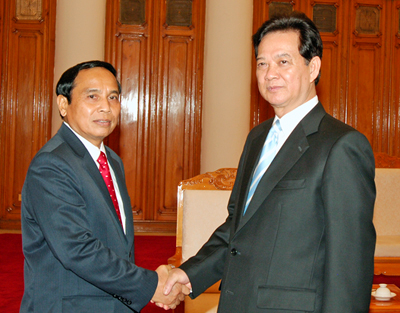 Premierminister trifft Leiter der laotischen Kontrollkommission - ảnh 1