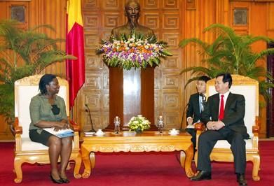 Premierminister Dung trifft die Nationaldirektorin der Weltbank in Vietnam - ảnh 1