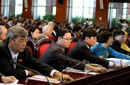 Die verbesserte Verfassung öffnet eine neue Entwicklungsphase des Landes - ảnh 1