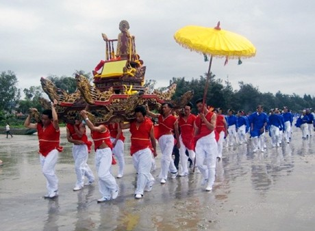Bewahrung der Tradition im Dorf Tra Co  - ảnh 1