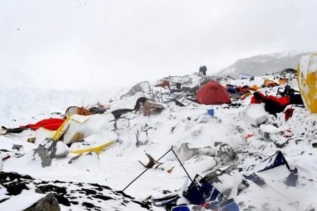Etwa 1000 Europäer in Nepal vermisst  - ảnh 1