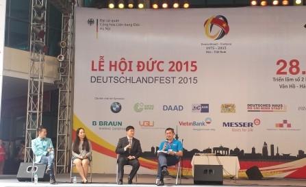 Talkshow mit ehemaligen vietnamesischen Studenten in Deutschland - ảnh 1