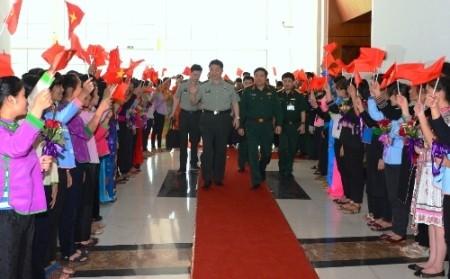 Austauschveranstaltungen an der Grenze zwischen Vietnam und China - ảnh 1