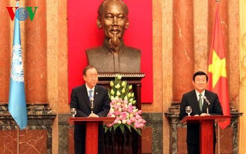 Staatspräsident Truong Tan Sang führt Gespräch mit dem UN-Generalsekretär - ảnh 2
