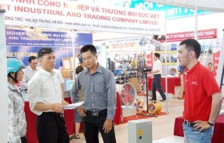 Eröffnung der Industrie- und Handelsmesse 2015 in Da Nang - ảnh 1