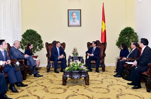 Premierminister Nguyen Tan Dung trifft Generaldirektor von Zarubezhneft in Hanoi - ảnh 1