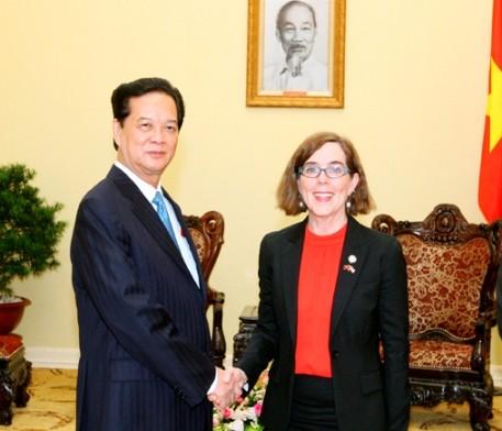 Premierminister Nguyen Tan Dung ist optimistisch über eine bessere Beziehung mit den USA  - ảnh 1