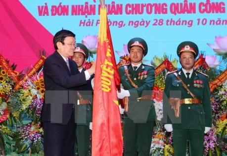 Staatspräsident Truong Tan Sang verleiht den Militärorden erster Klasse an Militärzone 3 - ảnh 1