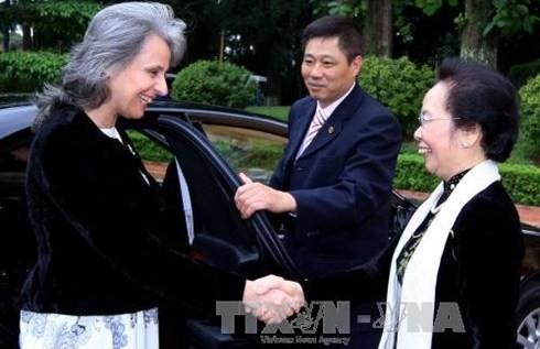 Vize-Staatspräsidentin Nguyen Thi Doan trifft Bulgariens Vize-Präsidentin Margarita Popova - ảnh 1
