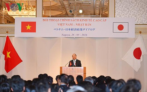 Premierminister ermutigt Japans Unternehmen, in Zusammenarbeitsprojekte mit Vietnam zu investieren - ảnh 1