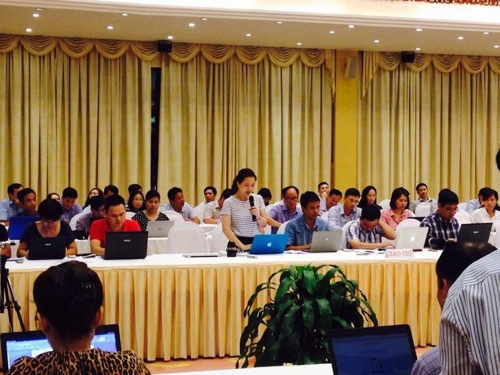 Premierminister Phuc: Regierung ist keine Hinweise für die Umsetzung der Gesetze mehr schuldig - ảnh 1