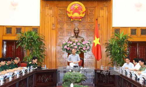 Premierminister Nguyen Xuan Phuc leitet Sitzung über Entwicklung der Verteidigungsindustrie - ảnh 1