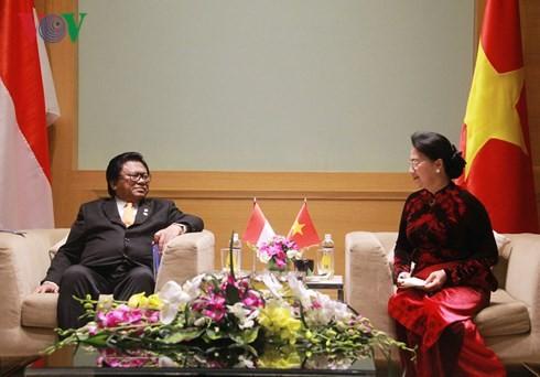 Nguyen Thi Kim Ngan empfängt Vertreter der Parlamente Indonesiens und Malaysias - ảnh 1
