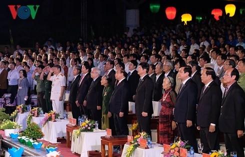 Aktivitäten des Premierministers Nguyen Xuan Phuc in der Provinz Quang Nam - ảnh 1