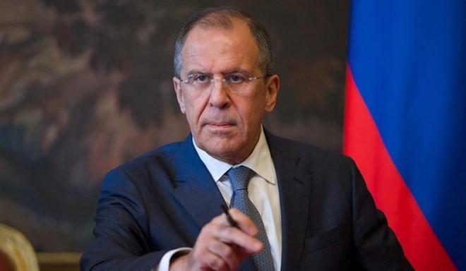Russland weist 60 US-Diplomaten aus und schließt Konsulat in Sankt Petersburg - ảnh 1
