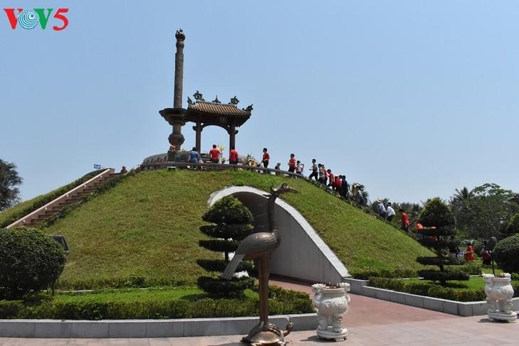 Besuche an den historischen Orten in Truong Son - ảnh 15
