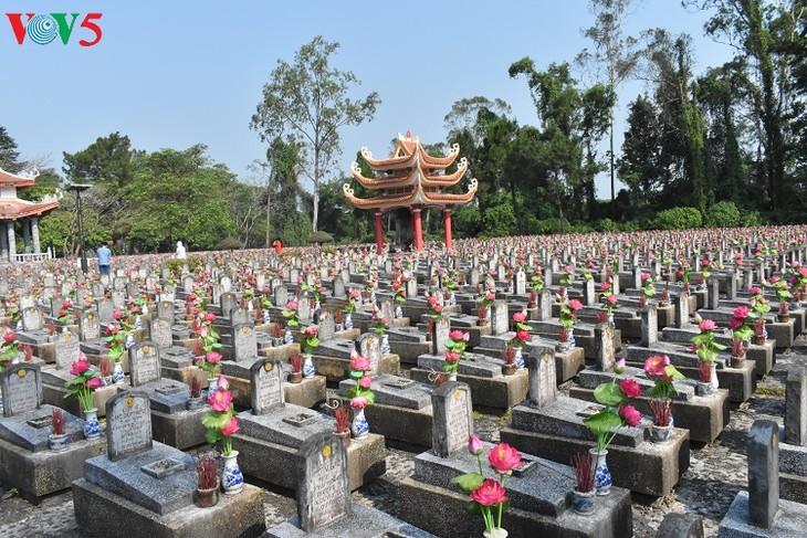 Besuche an den historischen Orten in Truong Son - ảnh 5