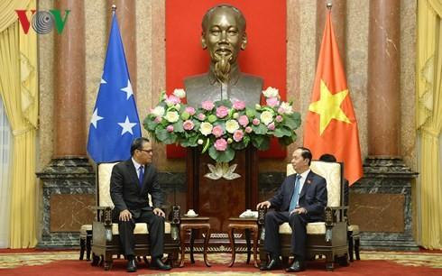 Staatspräsident Tran Dai Quang empfängt Parlamentspräsidenten von Mikronesien - ảnh 1